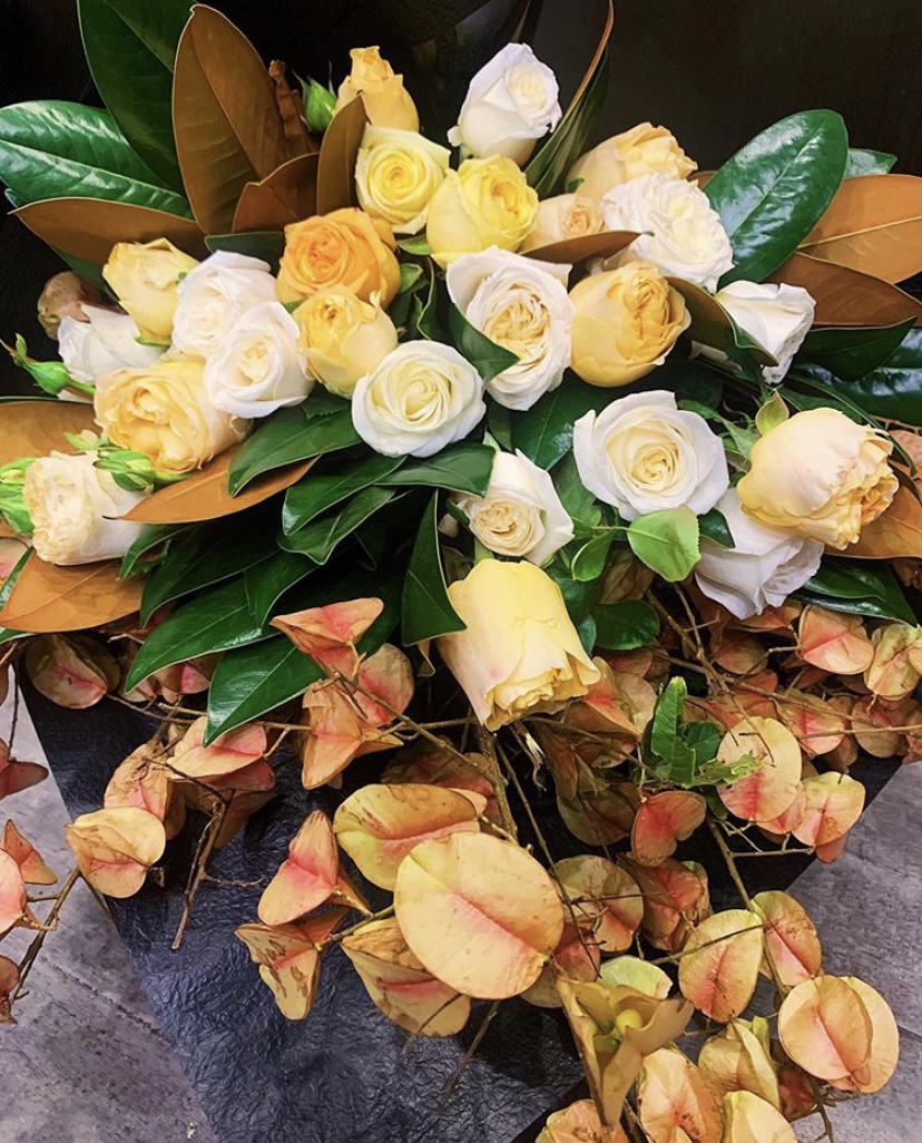 Garden Roses and selection of Natural Foilages