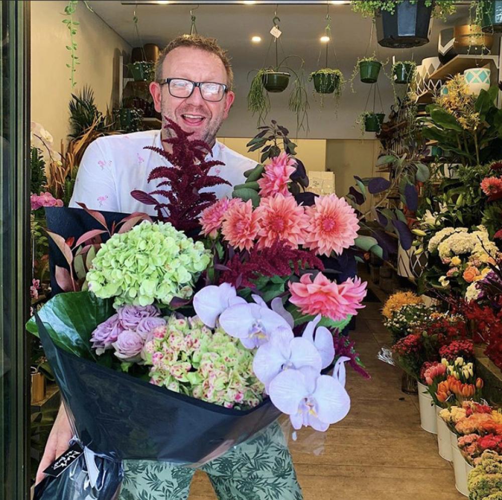 Large Premium Lush Bouquet