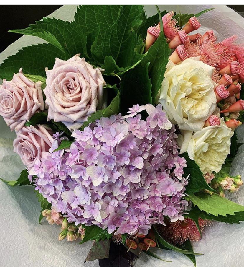Florist Choice Classic Grouped Posy